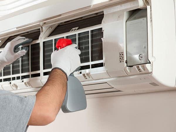 Sanificazione-aria-condizionata-ufficio-cernusco-sul-naviglio